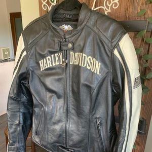 Women'Harley Davidson Riding Leather Jacket